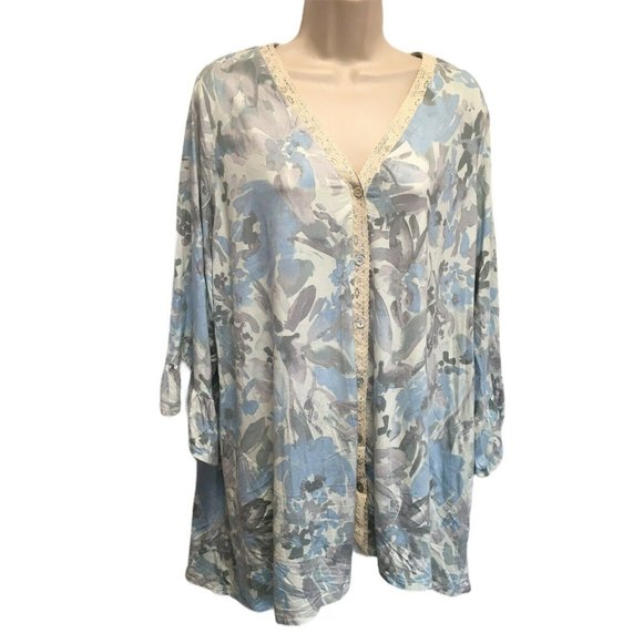 LOGO by Lori Goldstein Tops - Logo Lori Goldstein Blue Floral Knit Tunic NEW